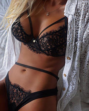 Sexy Black Strappy Lace Lingerie  Bra Set Valentine's Day Gift