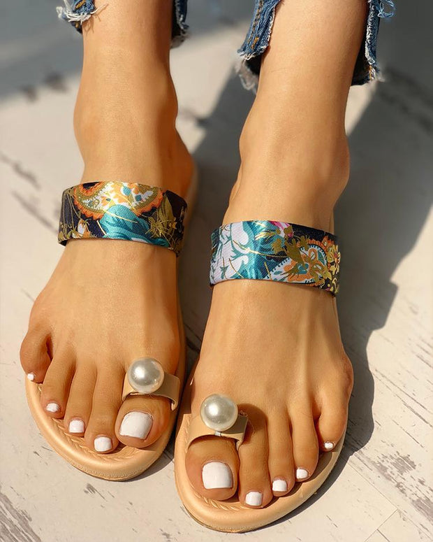 Beaded Design Tropical Print Casual Sandals