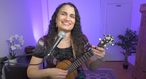 Video still of Diane Nalini teaching a song from Baby Songs and Lullabies for Beginning Ukulele