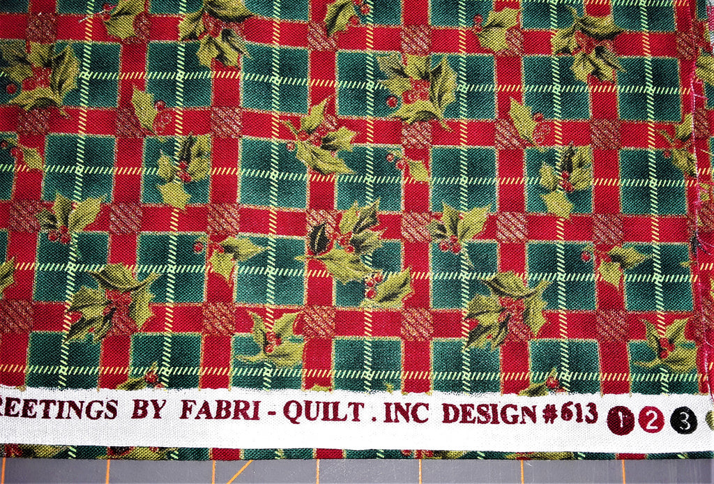 "Fabric - Christmas Holly Metallic Print 36"" x 44"""