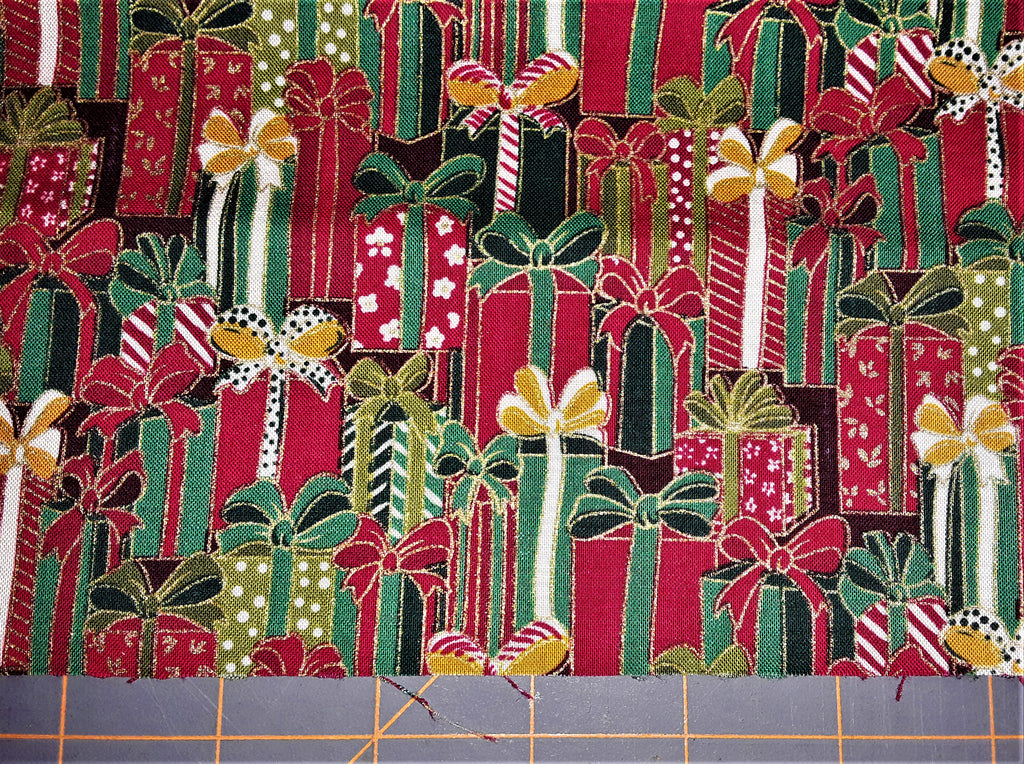 "Fabric - Christmas Packages Metallic Print 17"" x 44"""