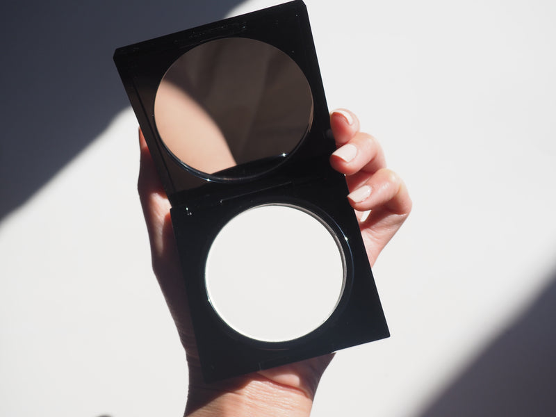 The Invisible Pressed Powder