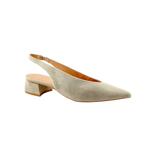 Estilo Gisela Grey Suede Low Heel
