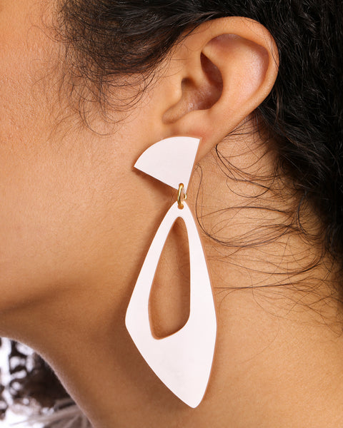PLEXIGLASS DROP EARRINGS