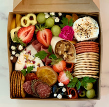 Load image into Gallery viewer, Medium Charcuterie Box (8x8) or XM Charcuterie Box (9x9)