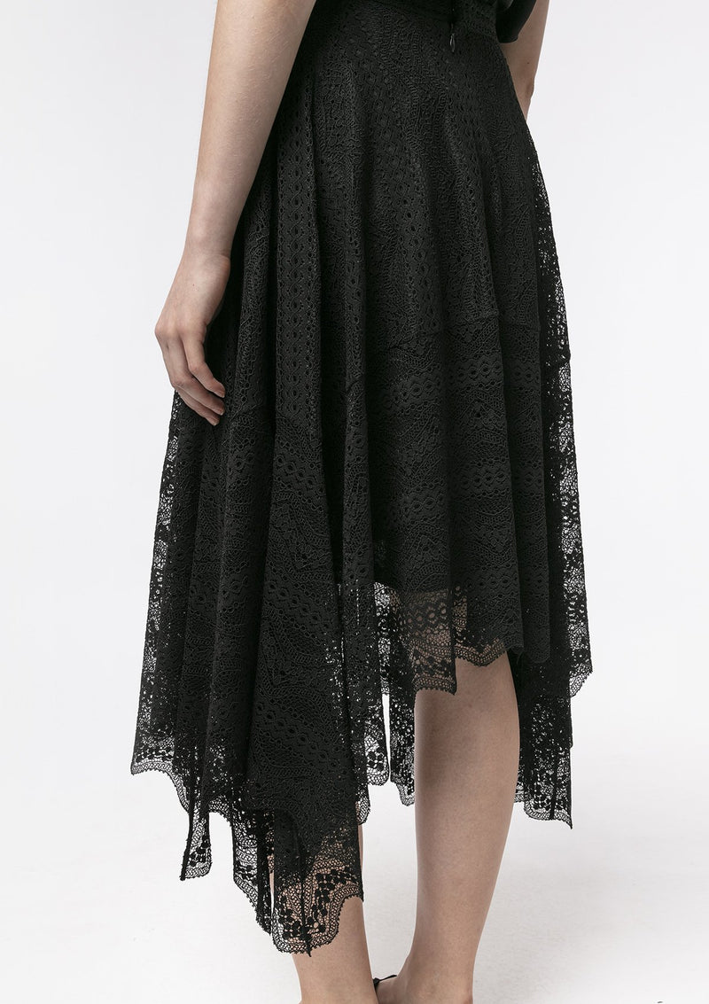 BLACK FLORAL LACE RUFFLE SKIRT