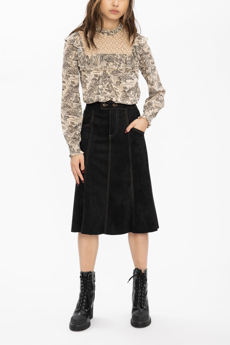 RUFFLE CREAM BLACK LANDSCAPE HIGH COLLAR BLOUSE