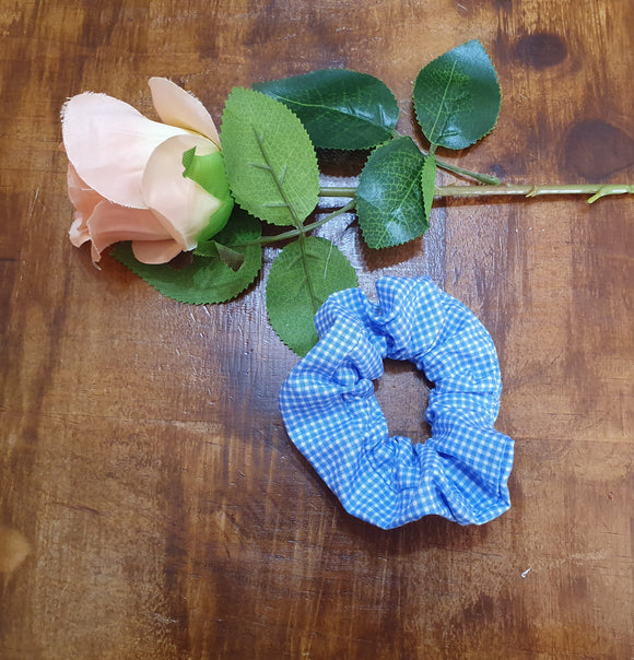 Individual Scrunchie Blue & White