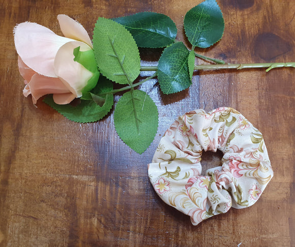 Individual Scrunchie Cream Floral