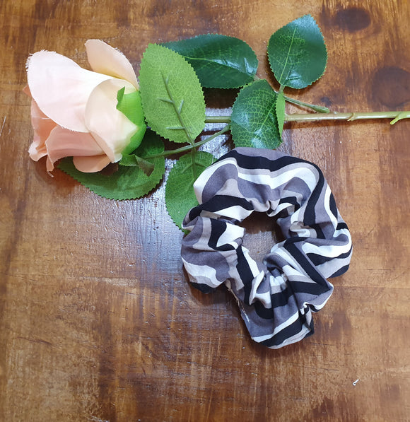 Individual Scrunchie Black & White