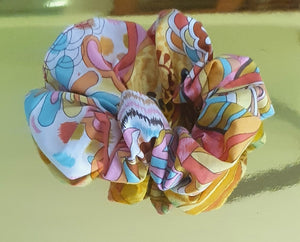 Large Individual Scrunchie 80's