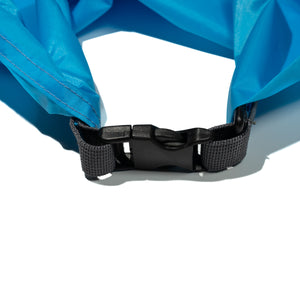 Blue Lightweight Dry Bag close up on buckle