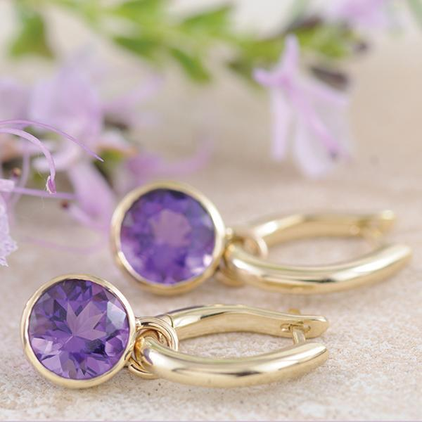Amethyst Ear Pendants in Yellow Gold