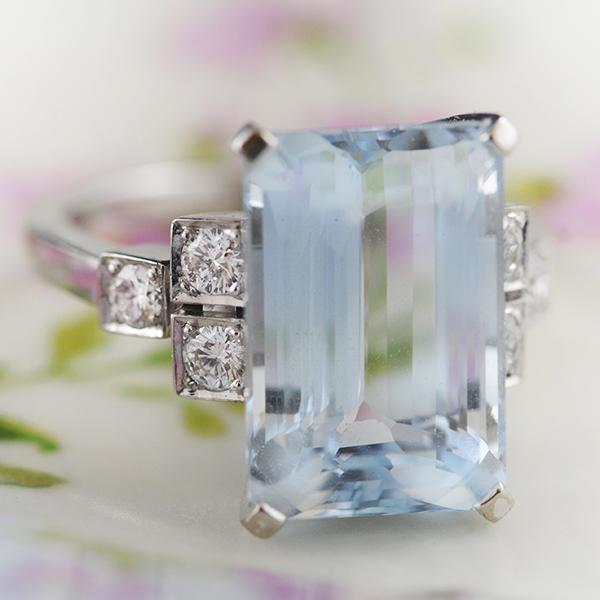Aquamarine & Diamond Rings set in 18k White Gold