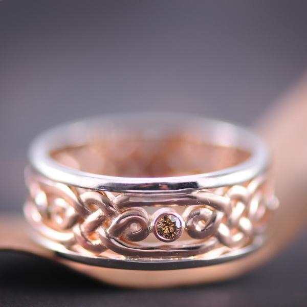 Chocolate Diamond Filigree Wedding Band in Rose Gold