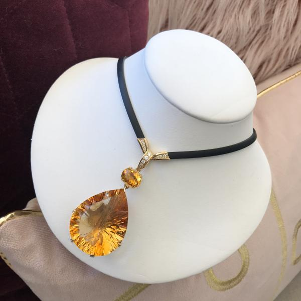 Citrine and Diamond Pendant in 18k Yellow Gold