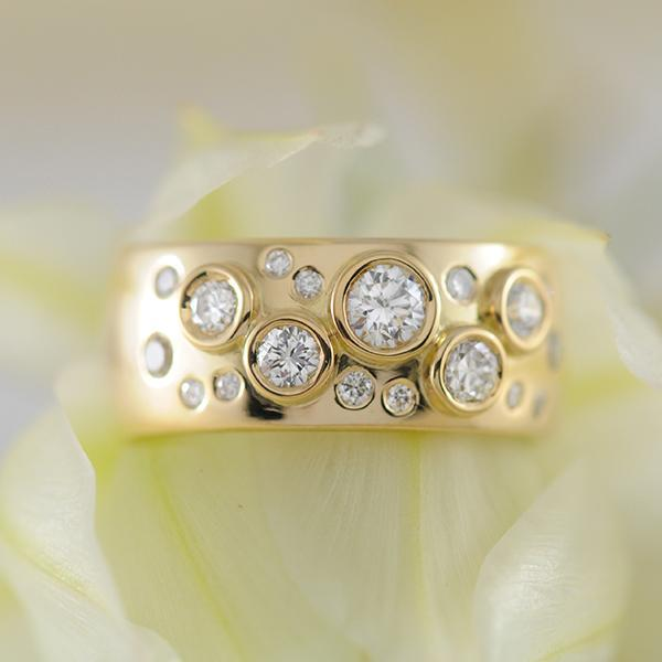 Diamond Multistone Bezel and Illusion Set Band in Yellow Gold - Starry Night Design