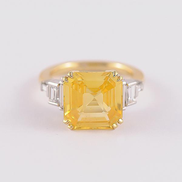 Golden Sapphire and Diamond Ring in 18k Yellow and White Gold