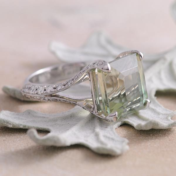 Green Tourmaline and Diamond Ring in 18k White Gold