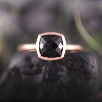 Onyx Cushion Checkerboard 9k Rose Gold Ring