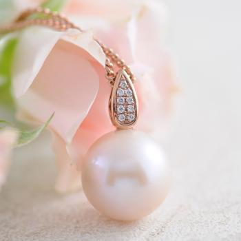 Pink Pearl and Diamond Pendant