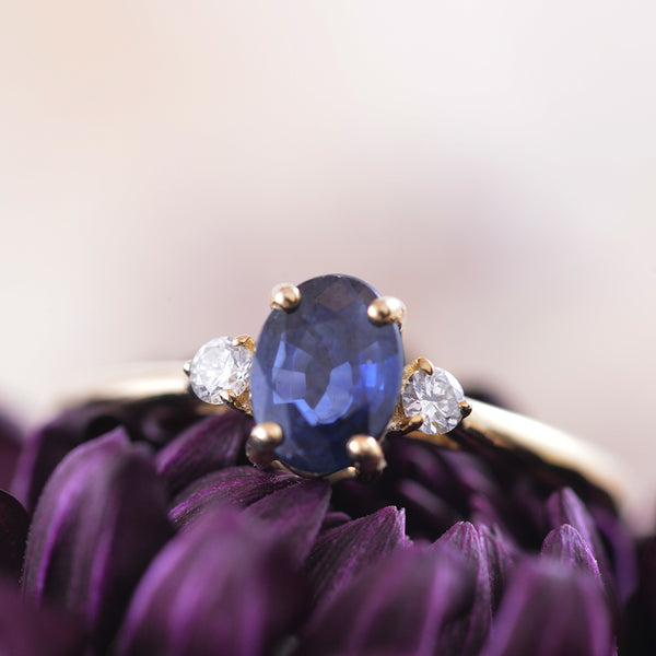 Sapphire and Diamond Ring in 9k Yellow Gold