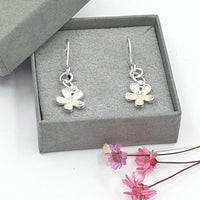 Buttercup daisy drop earrings