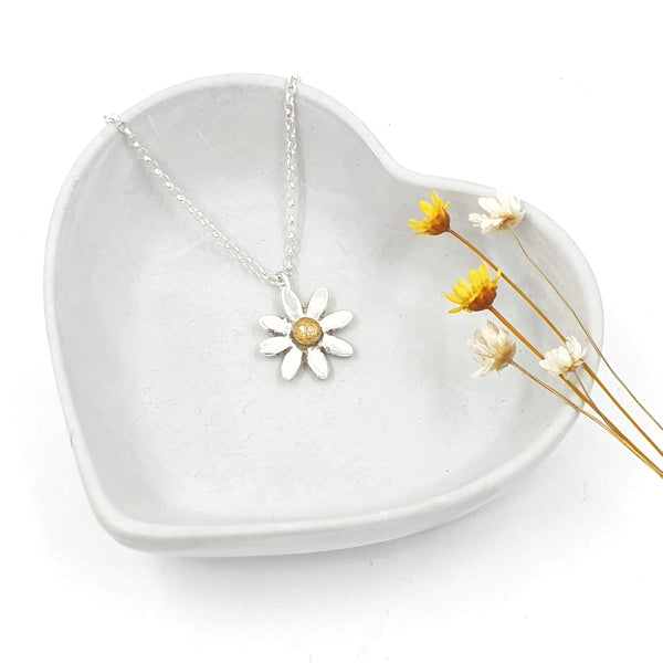 Daisy silver and gold necklace