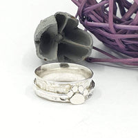 Paw print spinner ring