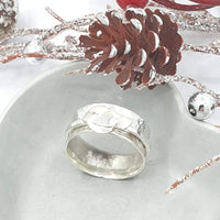 Robin spinner ring with heart wing