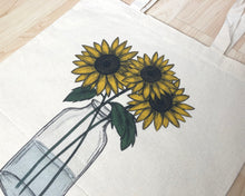 Afbeelding in Gallery-weergave laden, Sunflower Tote Bag - Fairtrade
