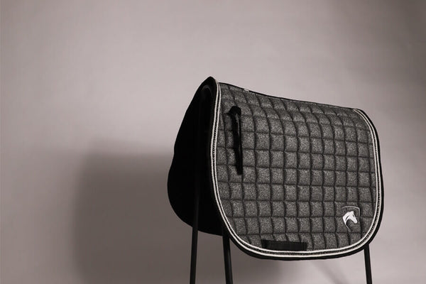 SHIMMER SADDLEPAD ONYX GREY