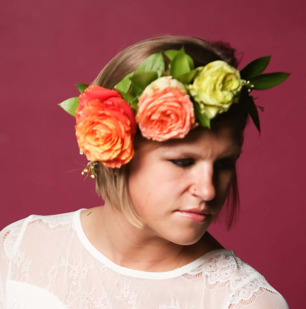 Load image into Gallery viewer, Bold Flower Crown