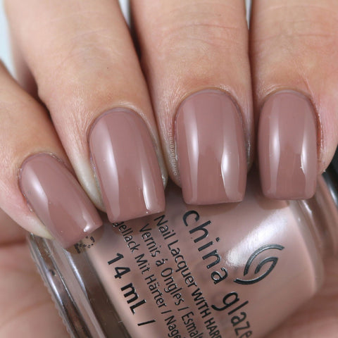 China Glaze - Shades of Nude - Bare Attack