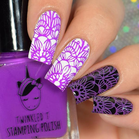 Twinkled T - stamping polish - Goals