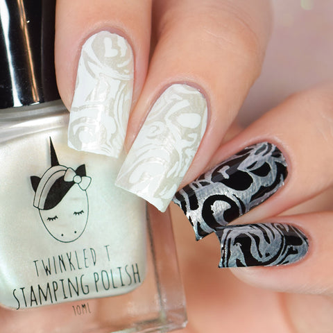 Twinkled T - stamping polish - Icey
