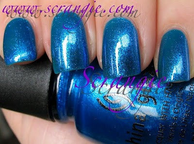 China Glaze - Island Escape - Blue Iguana