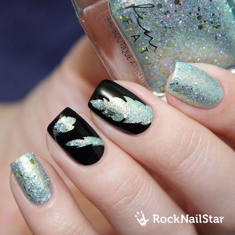 RockNailStar vinyl stencils and stickers - Feathers