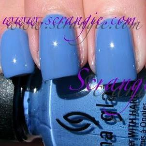 China Glaze - Operation: Colour - Secret Peri-wink-le