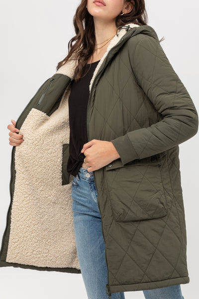 Reversible Quilted Sherpa Longline Winter Hoodie Jacket with Pockets