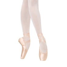 Load image into Gallery viewer, Female model wearing BLOCH TMT B-Morph Moldable Pointe Shoe, style ES0170L, colour Satin Pink.