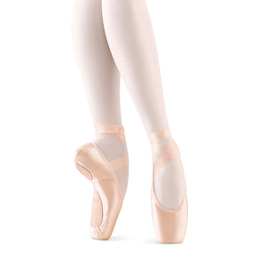 Female model wearing Bloch Eurostretch Pointe Shoe, style S0172L, colour pink satin.
