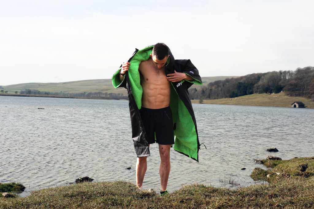 Conor Hancock renews ambassador relationship with dryrobe