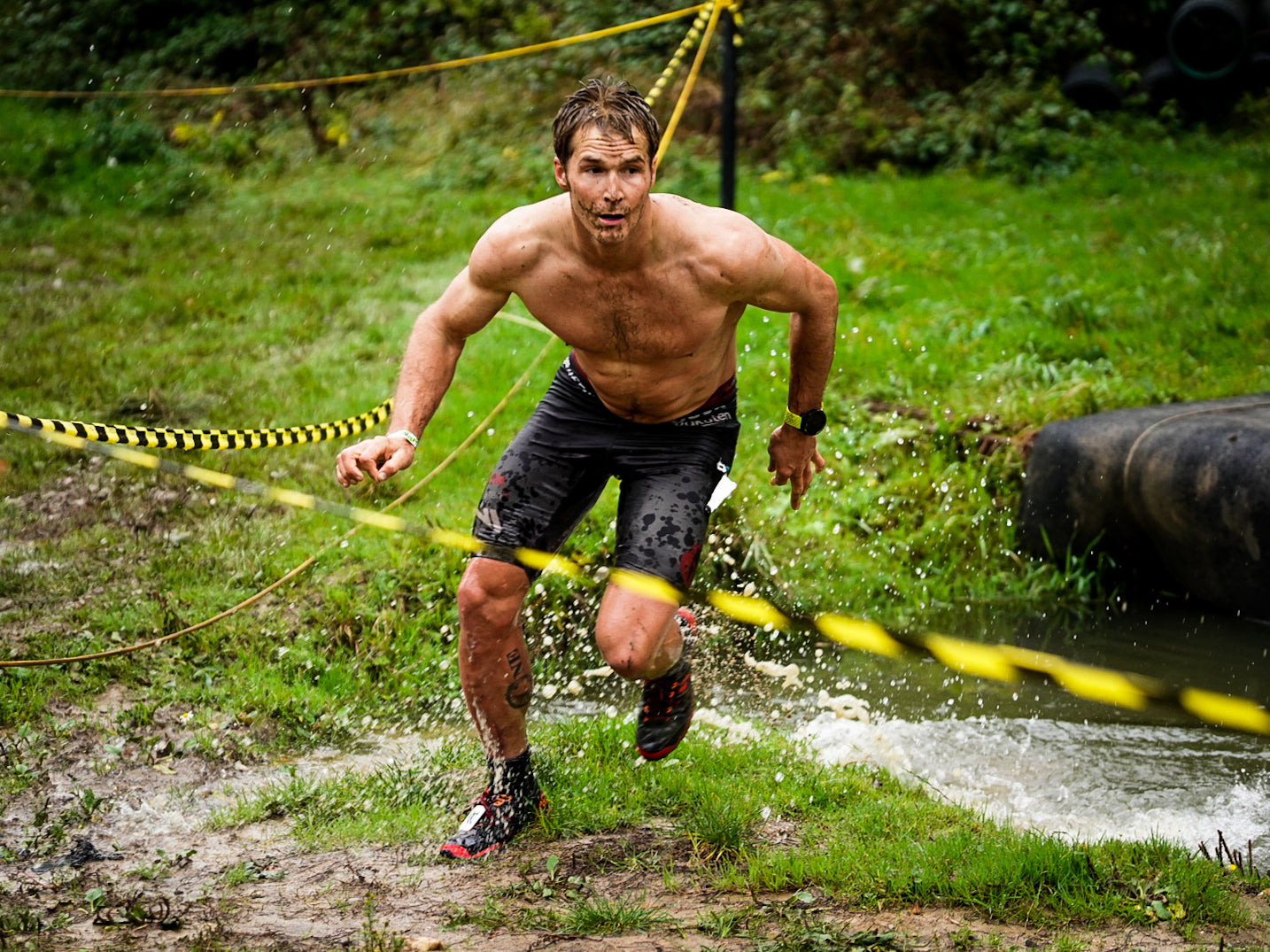 Ryan Atkins chasing the lead in the men's 15k at the 2019 OCRWC