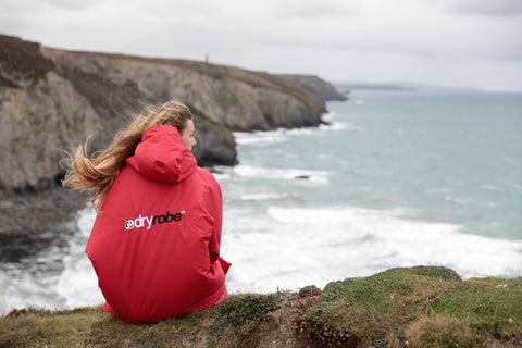 dryrobe, dryrobeterritory, lucy, campbell, surf, surfing, surfer, ambassador, explore, outdoors