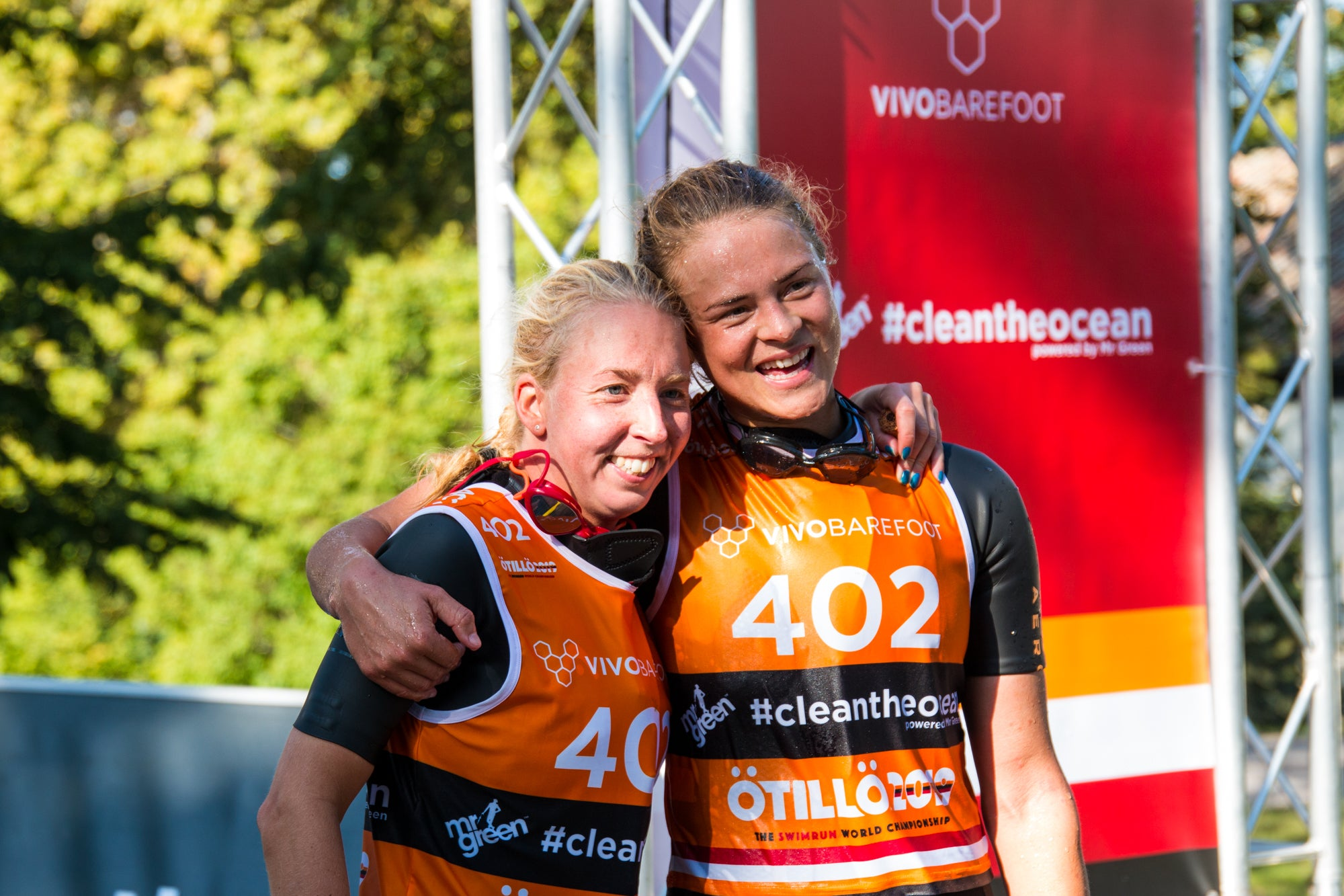 Fanny Danckwardt and Desirée Andersson of Team Envol - ÖTILLÖ Swimrun World Championship