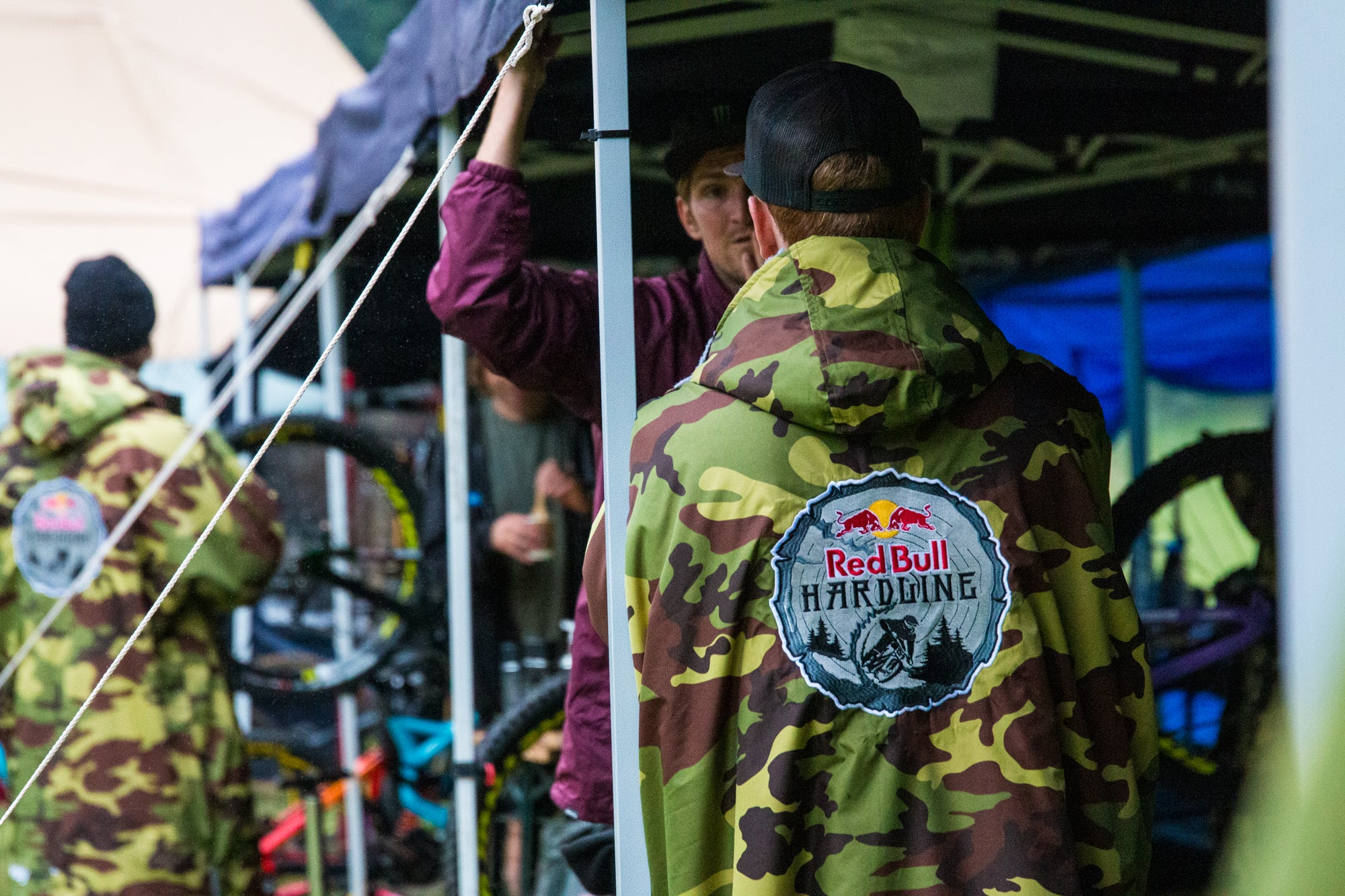 Limited edition Red Bull Hardline dryrobe