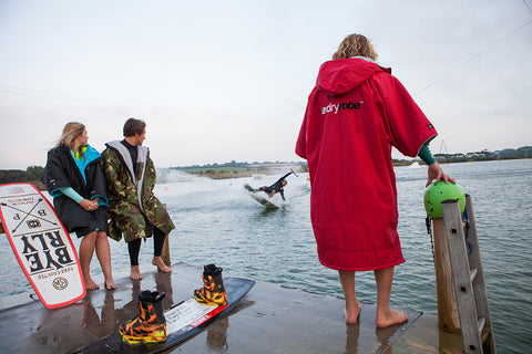 dryrobe, advance, short, sleeve, wake, wakeboard, wakeboarding, dryrobeterritory