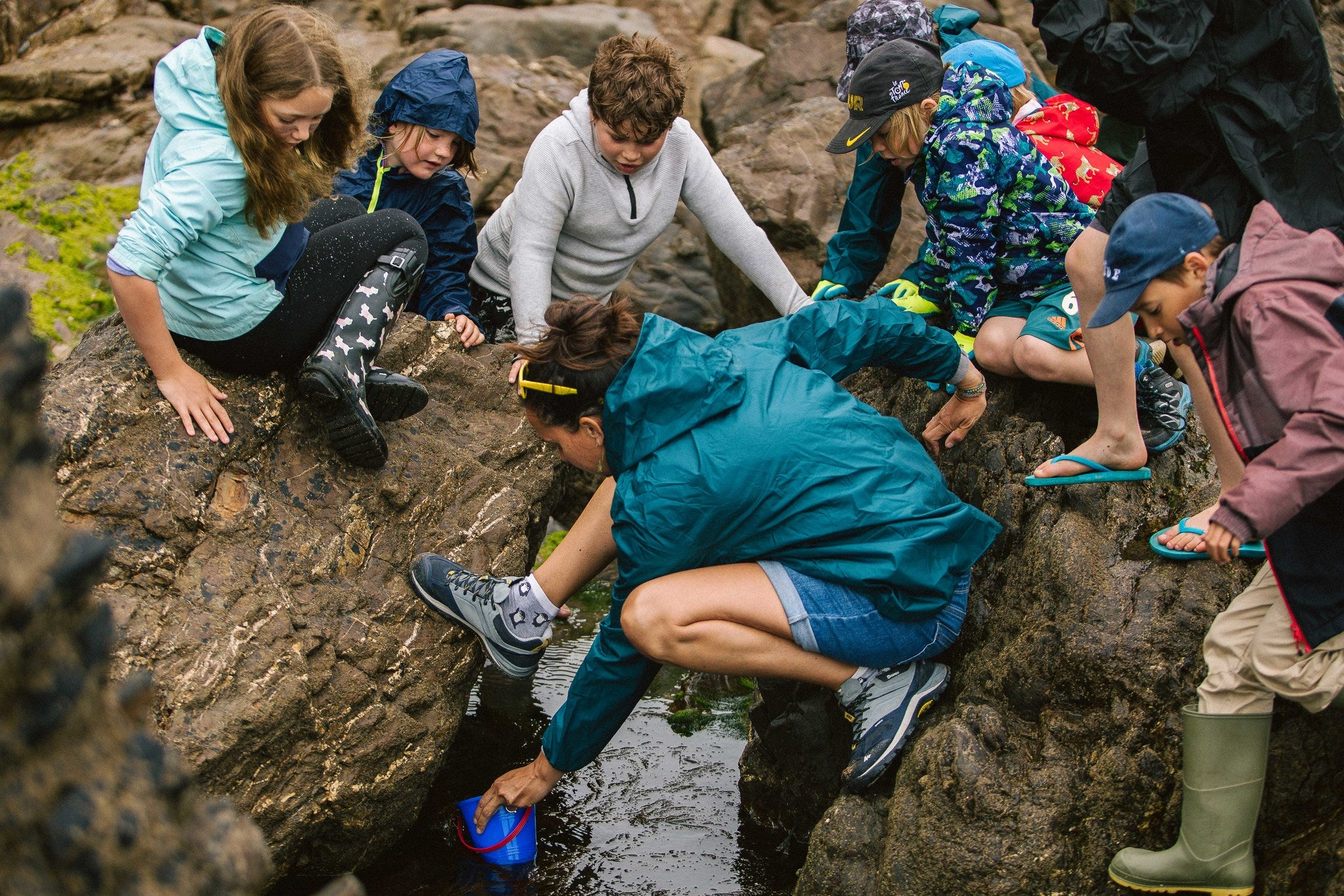 Rock pooling with The 2 Minute Beach School in Bude