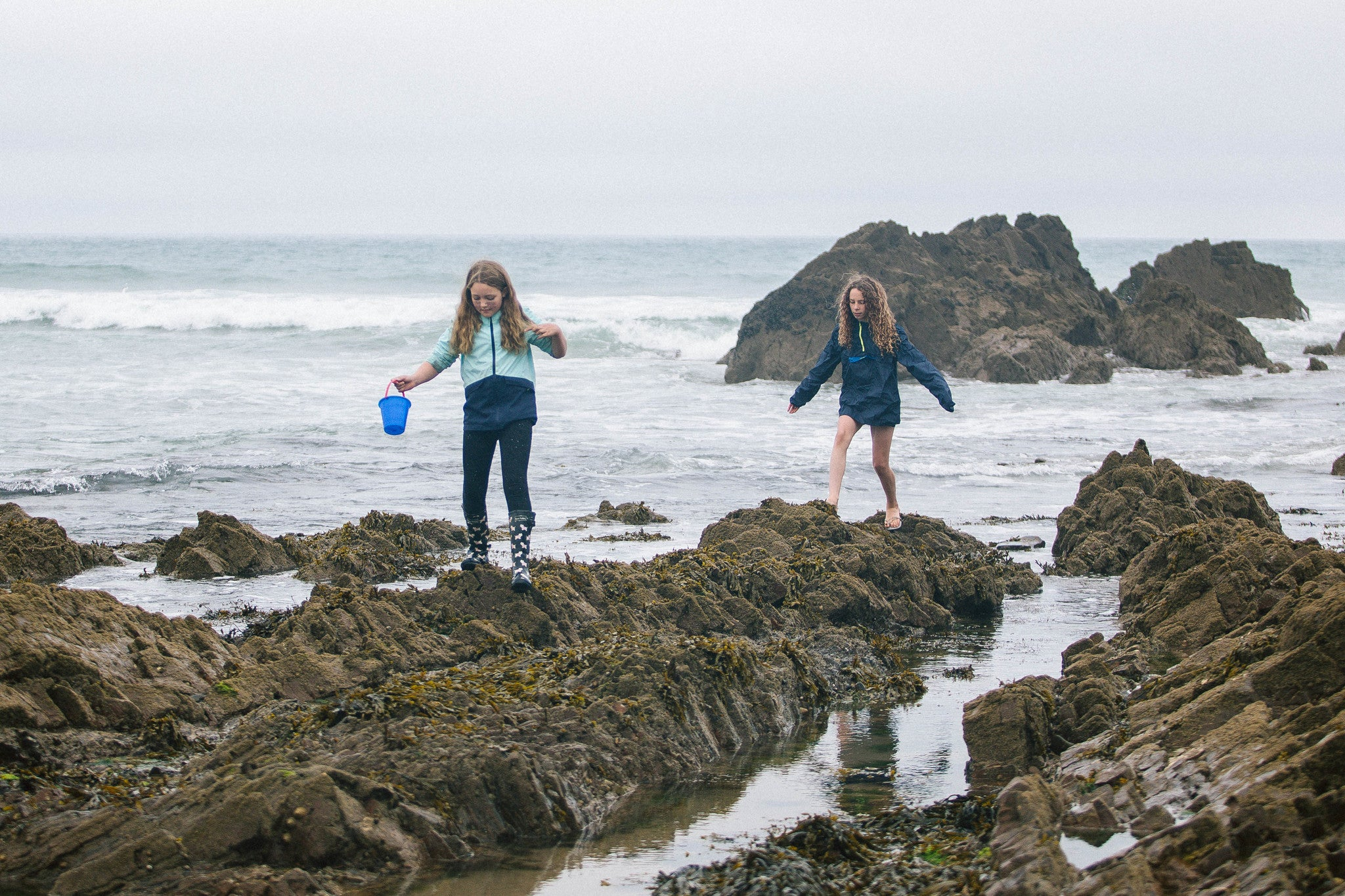 Rock Pooling with The 2 Minute Beach School in Bude, Cornwall